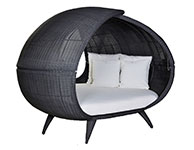 Hut Daybed