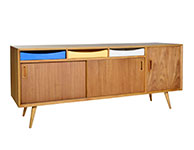 Mols TV Buffet, Wooden legs